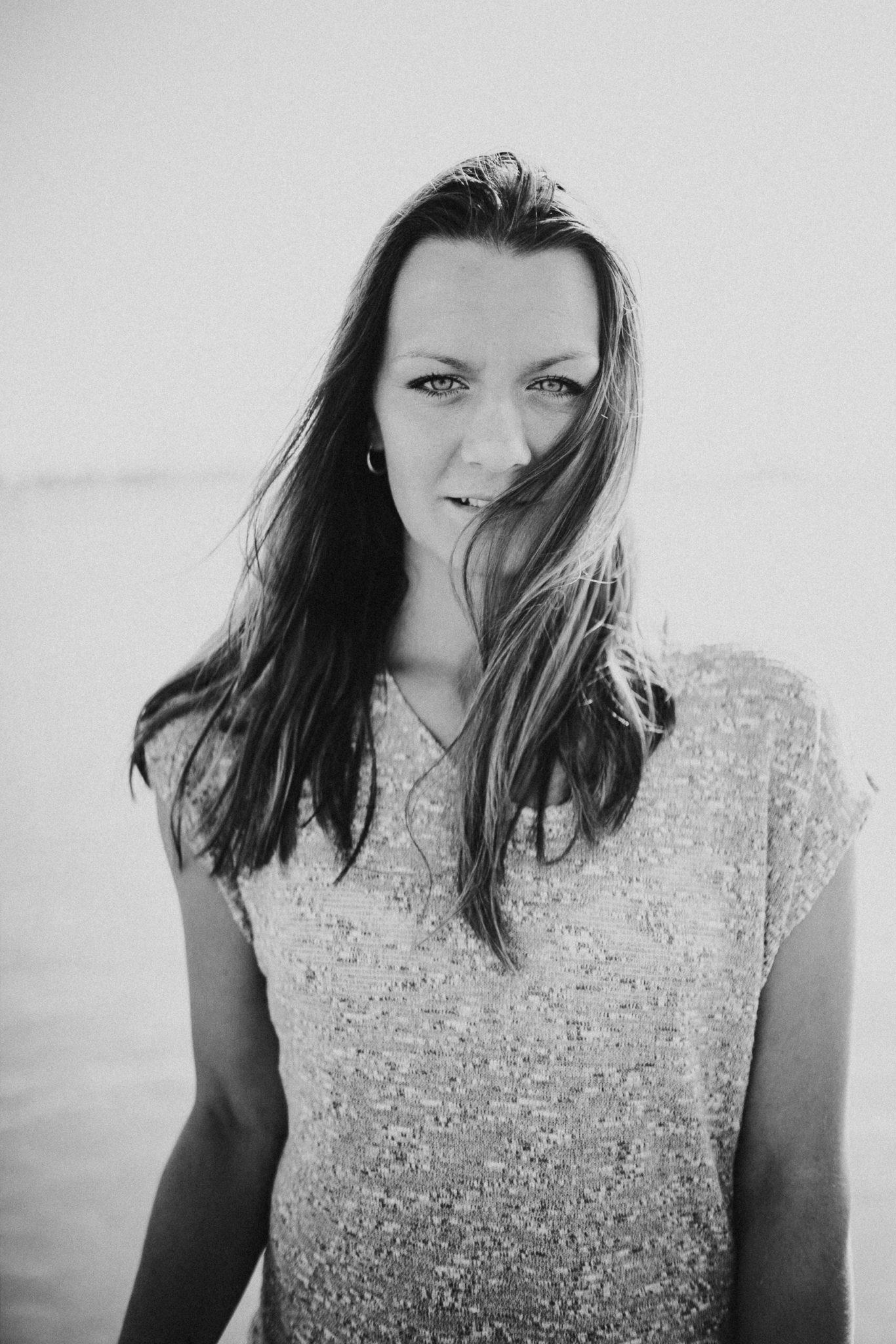 johanna-deis-singer-songwriter